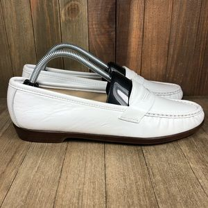 SAS Wink Penny Loafers Womens Size 11 N